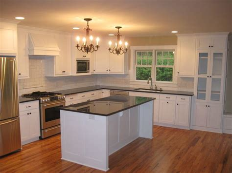 Inexpensive Kitchen Island Countertop Ideas by 1000 Ideas About Cheap Kitchen Cabinets On