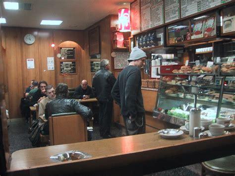 good place   cup  tea    bar bruno