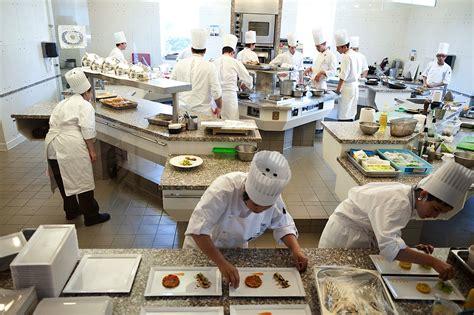 Cours De Cuisine Lyon Paul Bocuse by Institut Paul Bocuse Ecole Bocuse H 244 Tel Le Royal Lyon
