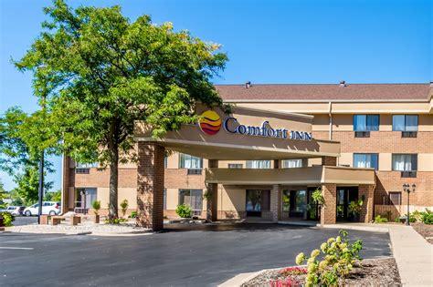 comfort suites grandville mi comfort inn airport in grand rapids mi 616 957 2