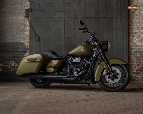Harley-davidson Road King Special First Ride Review