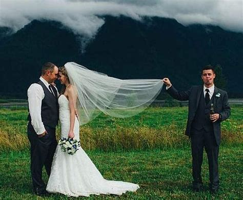Here Comes The Crazy With 17 Funny Wedding Pictures