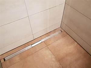 Dusche Abfluss Anschließen : bodengleiche dusche nachtr glich installieren vorteile nachteile und ~ Markanthonyermac.com Haus und Dekorationen