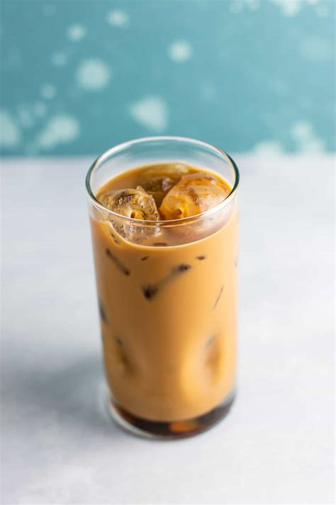 Check out our favorite iced coffee recipes, including fundamentals like homemade cold brew concentrate, cool coffee cocktails, and refreshing spritzes that are perfect for summer. Best Easy Instant Iced Coffee Recipe - Build Your Bite
