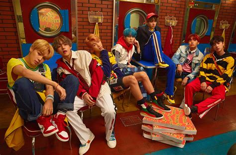 """BTS Goes For Bright And Colorful Concepts In New """"Love"""