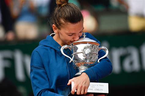Liber TV | Simona Halep e numarul 1 MONDIAL, dupa ce a învins-o pe Ostapenko în semifinalele de la Beijing