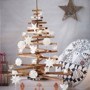 Weihnachtsbaum Selber Basteln : weihnachtsbaum aus holz basteln ~ Lizthompson.info Haus und Dekorationen