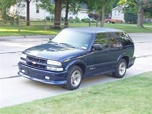 Chucky3rd 2004 Chevrolet S10 Blazer Specs, Photos