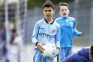 Robin van Persie's son has left Man City and joined him at ...
