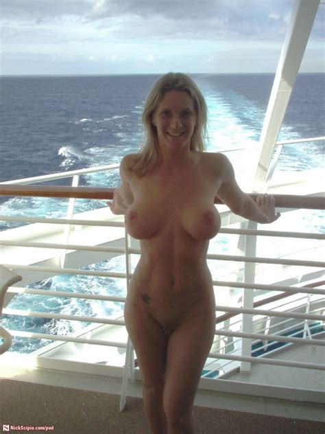 amateur milf nude cruise picture of the day