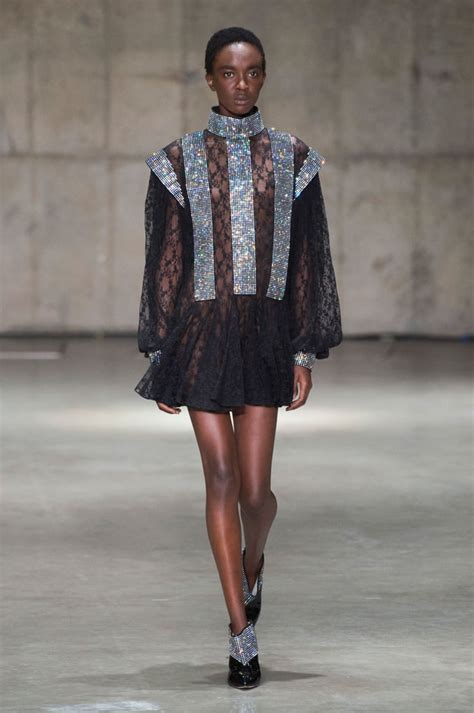 Christopher Kane Spring 2019 Collection   POPSUGAR Fashion ...