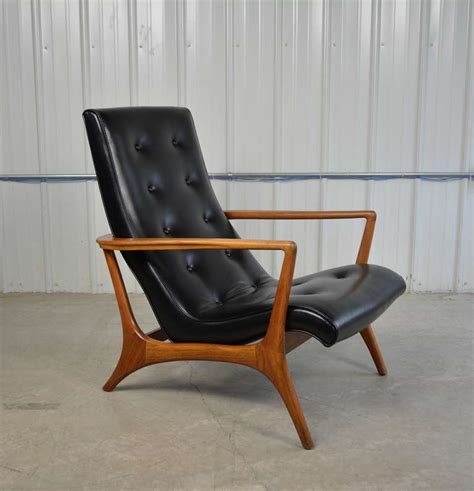 modern leather lounge chair mid century modern walnut and leather lounge chair at 1stdibs