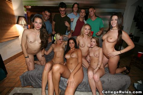 Hot Orgy With Some Horny College Babes Porndoe