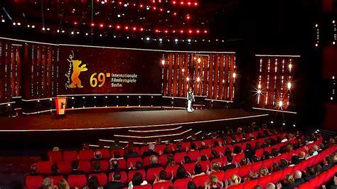 Berlinale 2019 - Die Eröffnung / Opening Gala - YouTube