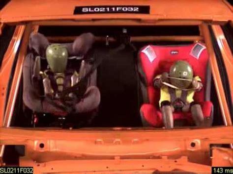 siege auto eletta chicco crash test safety 1st primeofix 2011 2 doovi