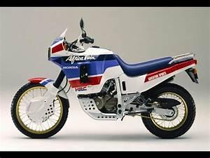 Honda Africa Twin 750 : the original honda africa twin xrv750 columnm ~ Voncanada.com Idées de Décoration