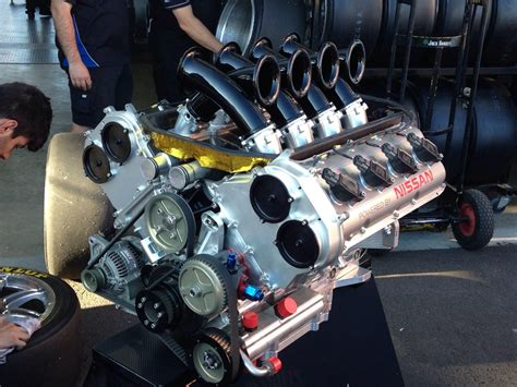 nissan 5l v8 v8 supercar engine engineeringporn