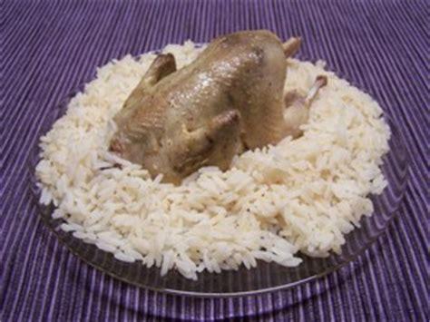 cuisiner une caille caille à la turque plat du jour recettes de cuisine