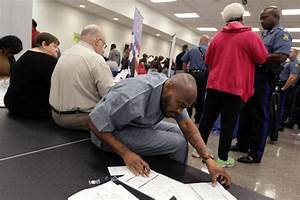 Ferguson job fair attracts 5,000 | Law and order ...