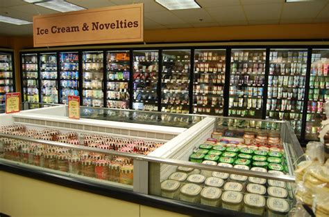 Andronico's unveils new-look Gourmet Ghetto store ...