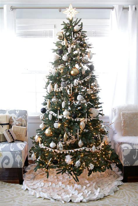 gorgeous christmas tree ideas   festive holiday