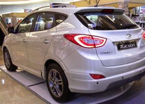 Gambar Mobil Hyundai Tucson by Spesifikasi Mobil Hyundai Tucson Detailmobil