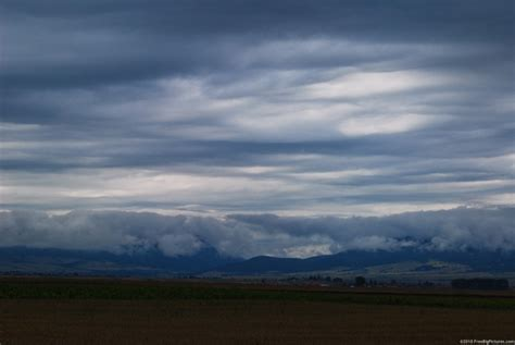 All About Stratus Clouds