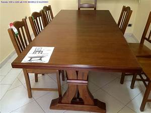 Tavolo allungabile in legno massello con 8 sedie Tavoli a prezzi scontati