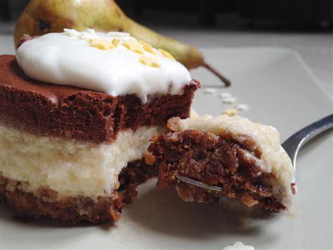 dessert poire chocolat amande dessert poire chocolat un lyon dans la cuisine