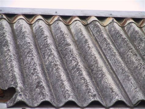 asbest die unterschaetzte altlast birgt gesundheitsrisiken