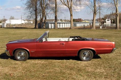 1964 Gto Specifications by 1964 Pontiac Le Mans Convertible In Gto Trim And 389 V8