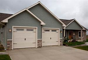 Www Style Your Garage Com : garage door styles carriage house garage doors ~ Markanthonyermac.com Haus und Dekorationen