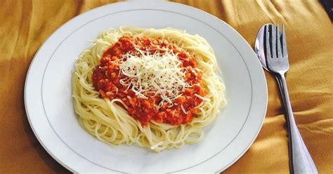 Jika anda ingin membuatnya sendiri di rumah, tapi tidak tau caranya. 30 resep spageti bumbu instan enak dan sederhana - Cookpad
