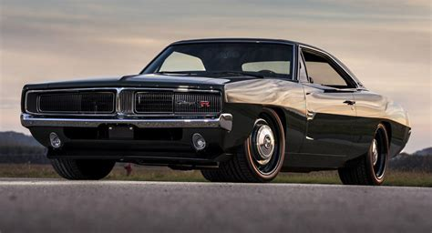 1969 Dodge Charger Defector Is A HEMI Powered Restomod