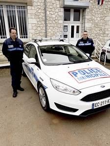Nouvelle Voiture De Police : vernon direct nouvelle voiture pour la police municipale ~ Medecine-chirurgie-esthetiques.com Avis de Voitures