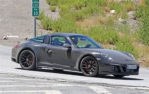 2017 Porsche 911 Targa GTS Revealed in Spyshots with Black ...