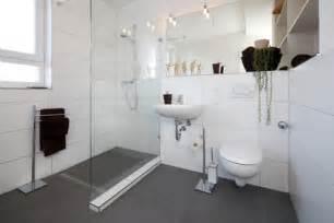 badezimmer umbauen so entsteht ein barrierefreies und altersgerechtes badezimmer