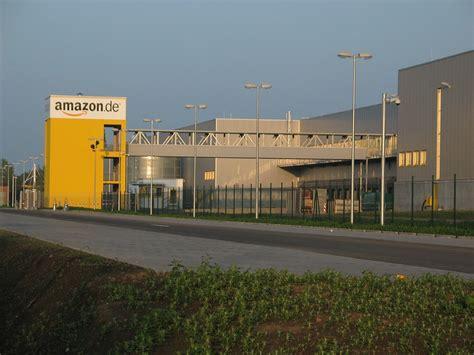 Amazon.de Versandhaus Leipzig.jpg
