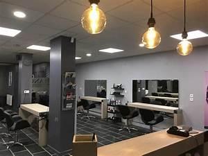 Mobilier Salon De Coiffure : agencement salon de coiffure mobilier coiffure relooking total mobicoiff ~ Teatrodelosmanantiales.com Idées de Décoration