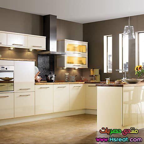 b and q kitchen cabinet doors ديكورات مطابخ بسيطة باللون البيج الكريمي لاحدث مطابخ 9061