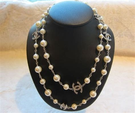 authentic chanel pearl necklace chanel chanel pearl