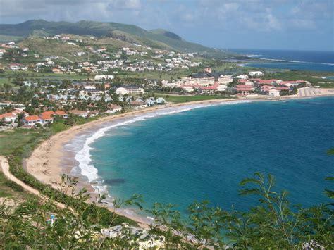 Cockleshell Beach (st Kitts), Saint Kitts Nevis Sits On