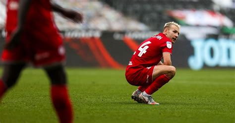 Bristol City fan view: With the play-offs out of reach ...