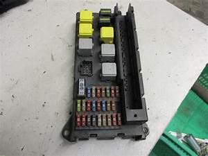 Used Mercedes Sprinter 3 5t  906 63  313 Cdi 16v Fuse Box - A9065454401