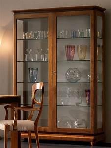 Esszimmer Vitrine Modern : vitrine holz amazing vitrine glasschrank modern eiche ~ Michelbontemps.com Haus und Dekorationen