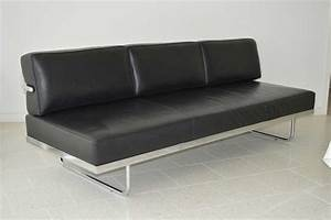 flat lc5 sofa bed black With flat sofa bed