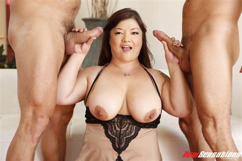 Super Sexy Asian Bbw With Nice Tits Fucked By Roommates On