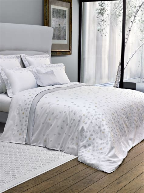 incredible places  find luxury bedding sets