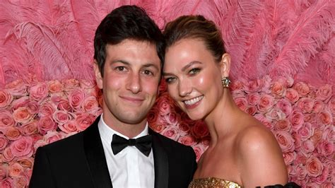 karlie kloss  joshua kushner sell manhattan apartment   million architectural digest
