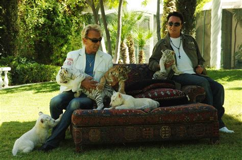 Horns House by New Siegfried And Roy Doc Will Likely Show Horrific Tiger